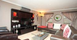 4 Bedroom House For Sale in Edenglen